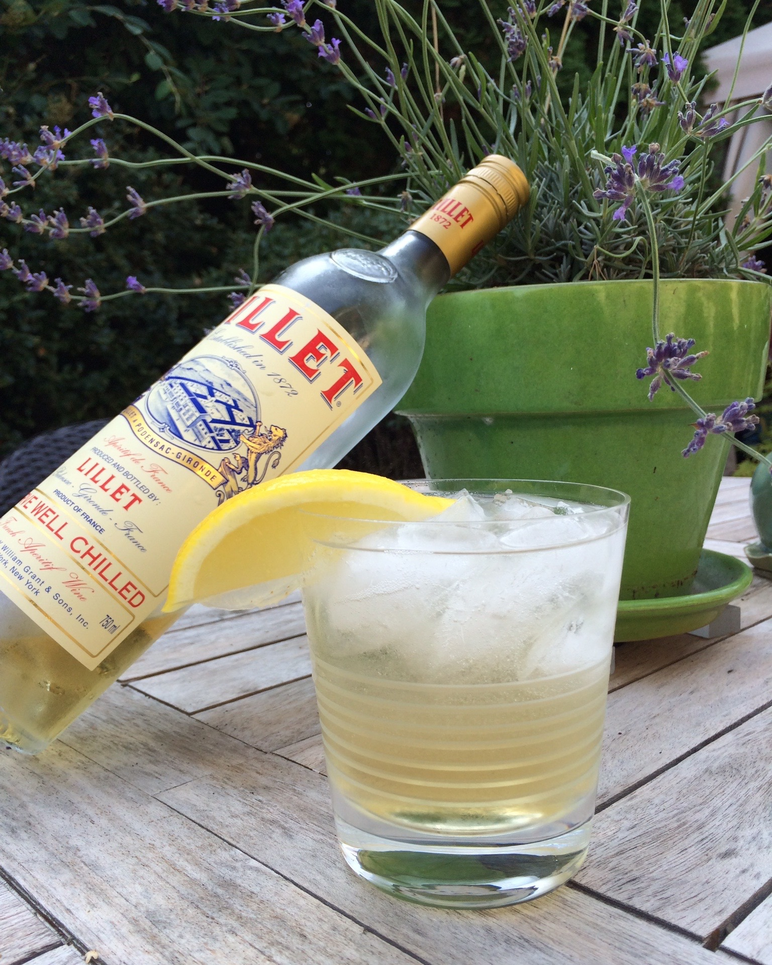 Lillet is the perfect french aperitif for Cocktail lillet